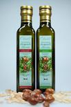 Bio-Arganöl Classic und Basic mit Argannüssen